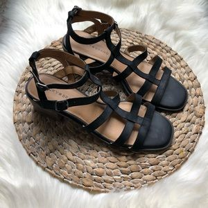 Lucky Brand • NWOT black suede heeled sandal
